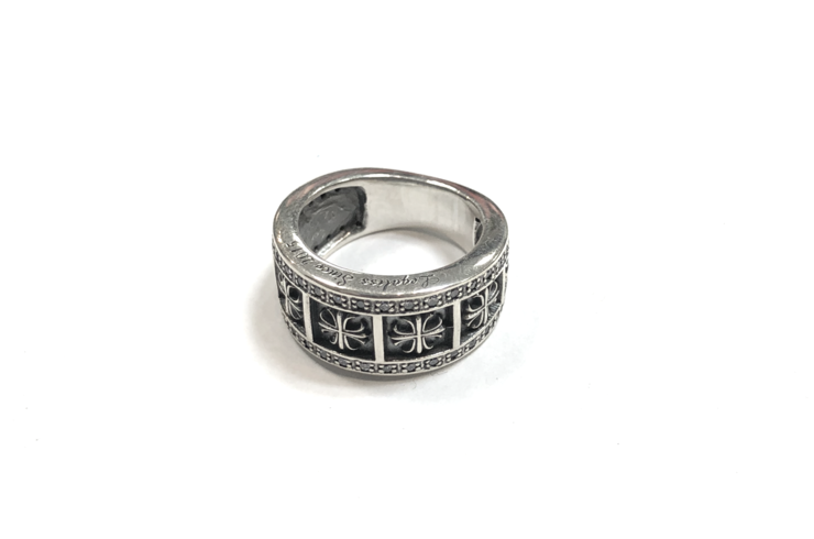 Cross Pave Ring